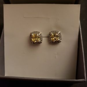 White gold plated yellow stone earings and diamond